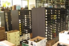 Bottleshop-Wine-Displaywall-of-wine-016-1
