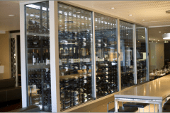 Shish-Wine-Bar-Glass-Display